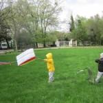 Игра с хвърчила в Карин дом